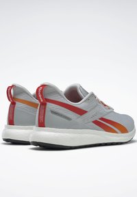 Reebok - FOREVER FLOATRIDE ENERGY 2.0 SHOES - Stabilty running shoes - grey - 7