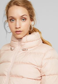 ONLY - ONLCAMMIE QUILTED JACKET - Light jacket - cameo rose - 4