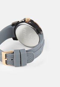 Versus Versace - ABERDEEN EXTENSION - Watch - grey/rose - 1