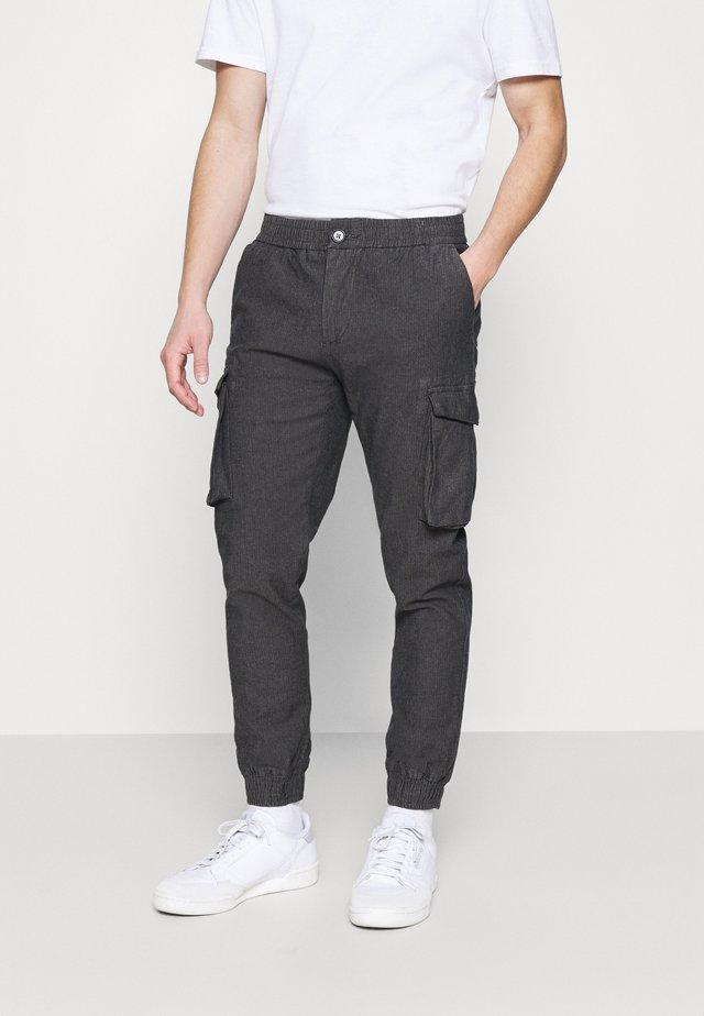 ABEL PANTS - Pantaloni cargo - grey