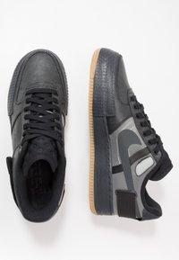 Nike Sportswear - AF1-TYPE  - Sneakers basse - black/anthracite/light brown - 1