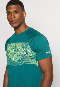 Zimtstern - MAORITZ TEE MENS - T-Shirt print - pacific/sharp green - 4