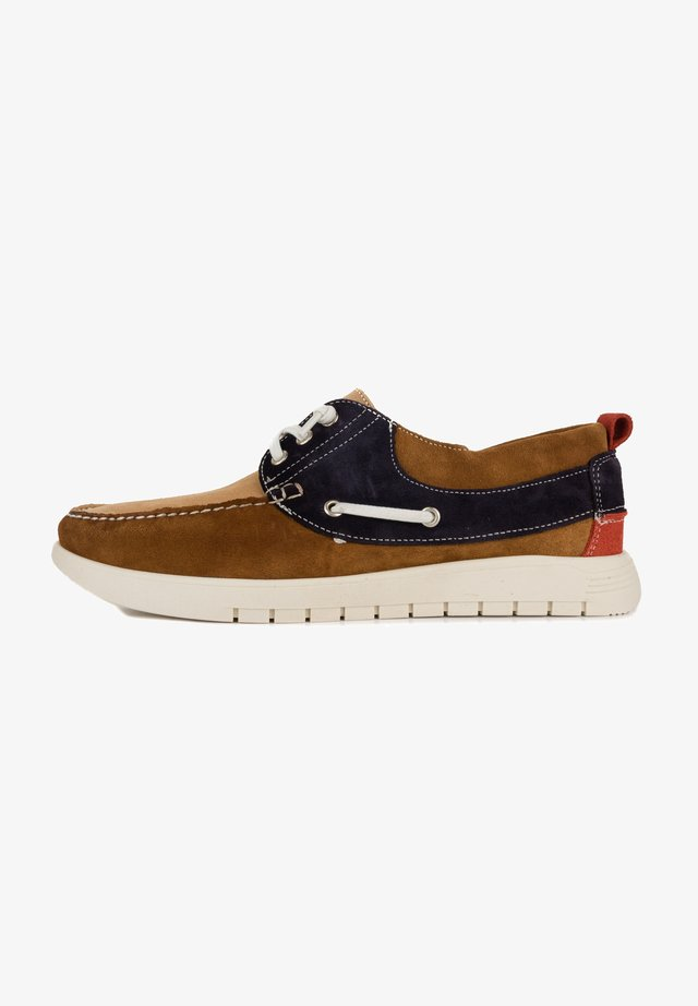 Boat shoes - roble