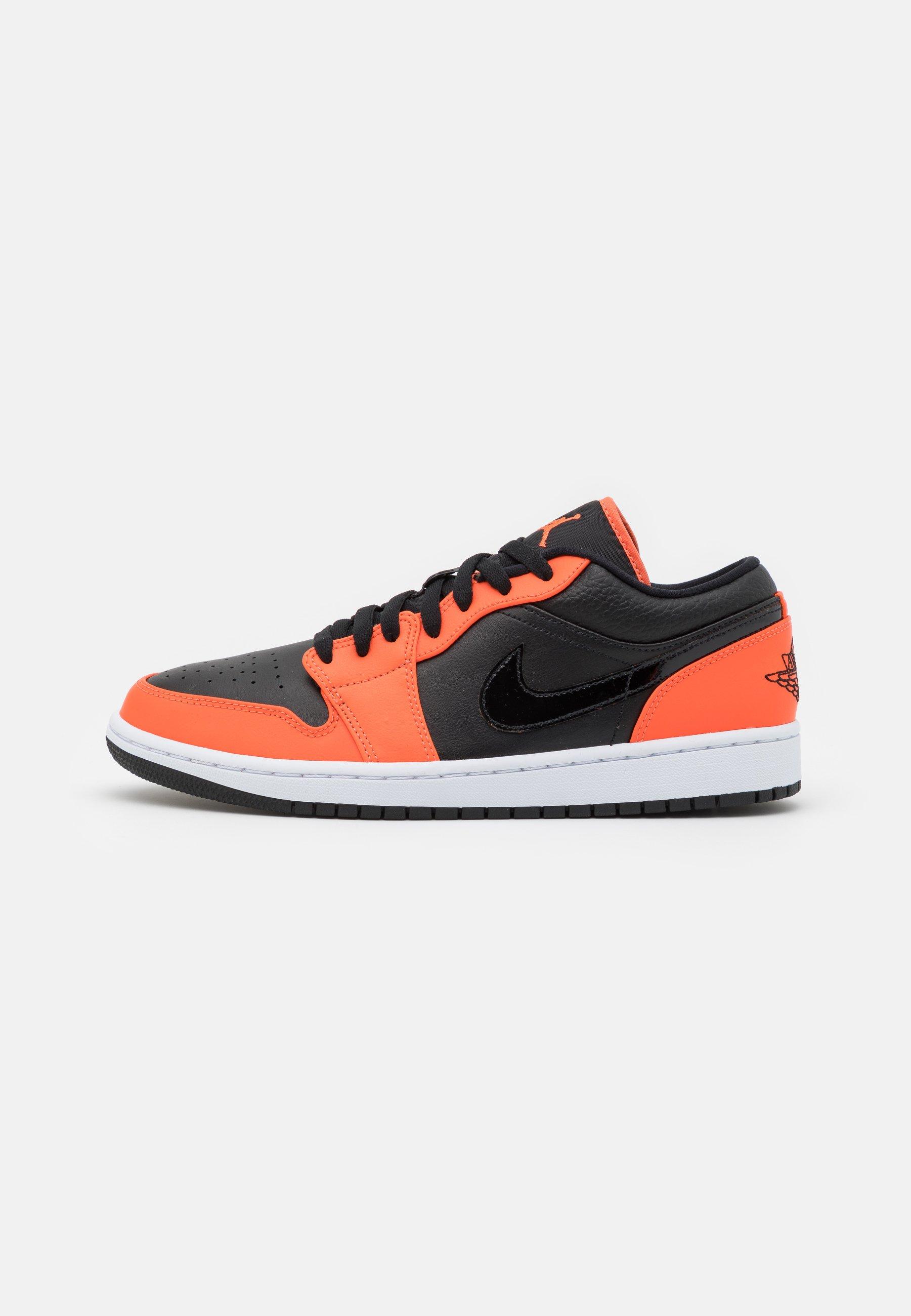 AIR 1 SE - Baskets basses - black/turf orange/white