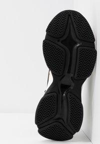 Steve Madden - MATCH - Sneaker low - brown - 6