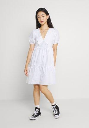 WIDE COLLAR MINI DRESS - Day dress - white