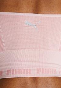 Puma - EVOKNIT SEAMLESS CROP - Débardeur - bridal rose - 5