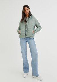 PULL&BEAR - Winter jacket - light green - 8