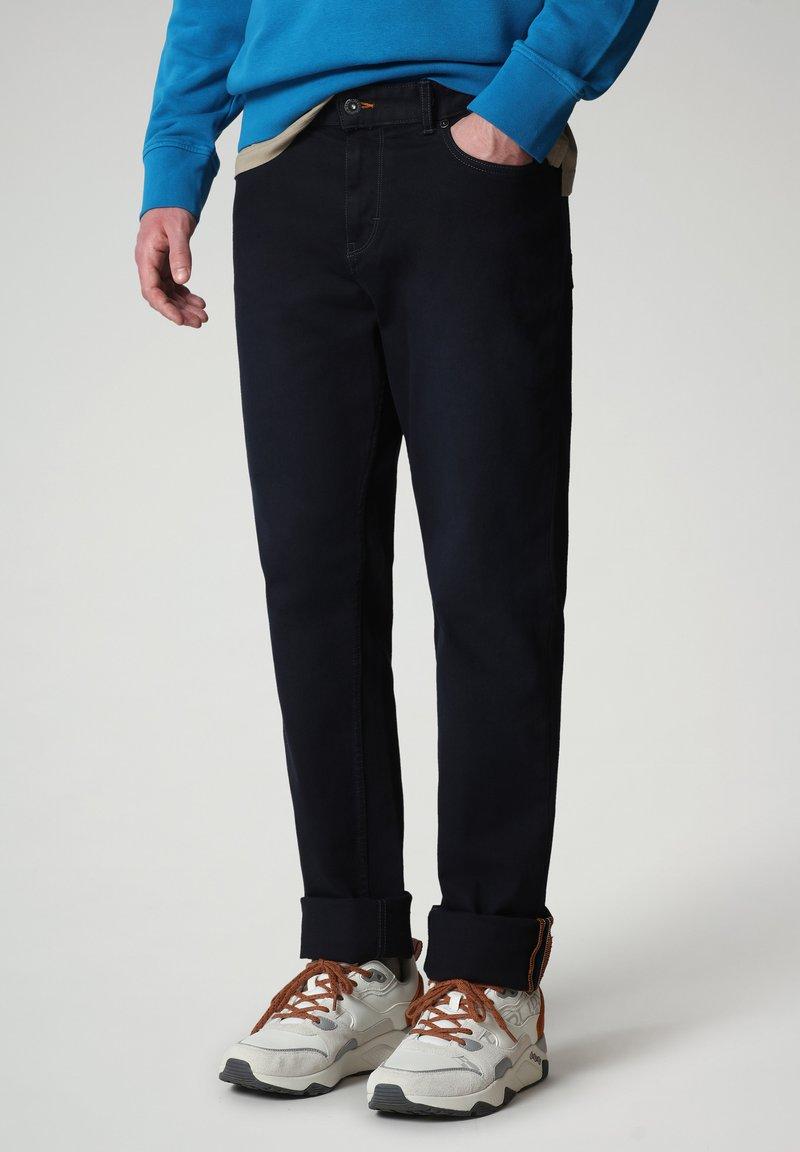 Napapijri - MEROS - Trousers - blu marine