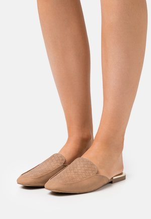 DOLLIE - Mules - beige