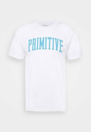 CROWNED TEE - Print T-shirt - white