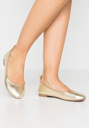 Ballet pumps - gold