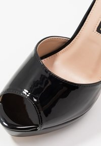 Dorothy Perkins - SORBET PLATFORM - Korolliset sandaalit - black - 2