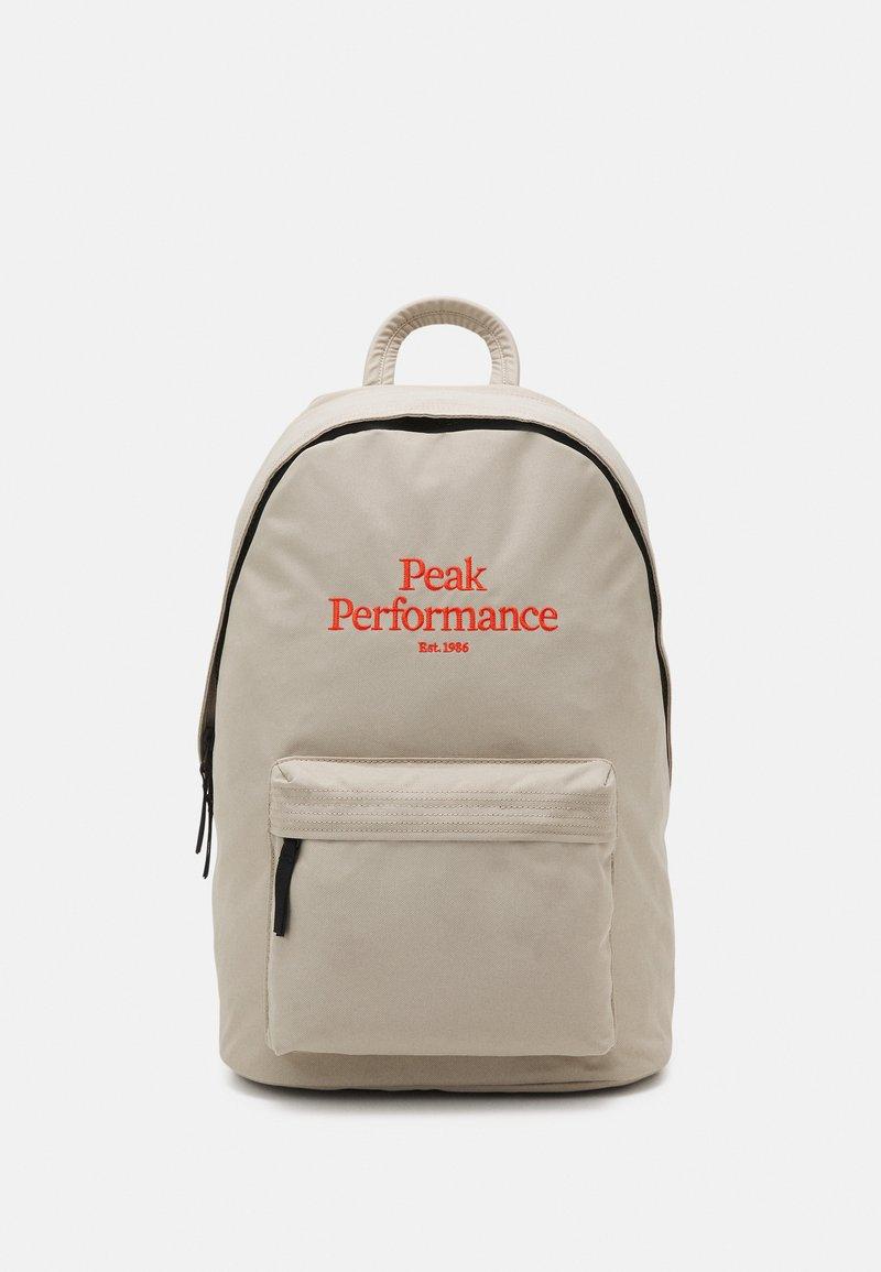 Peak Performance - BACKPACK UNISEX - Rucksack - celsian beige