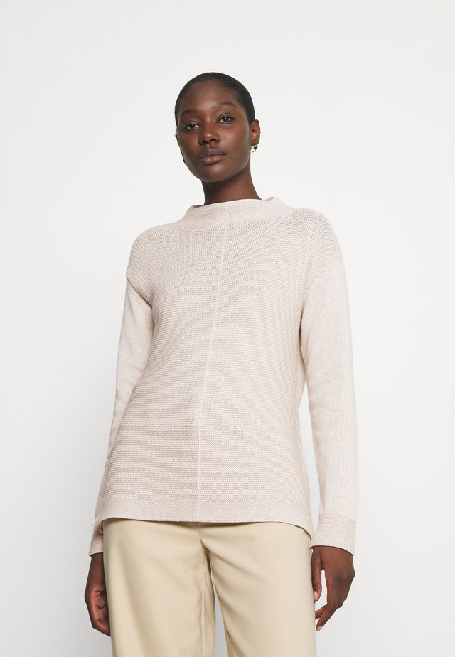LONGSLEEVE STRUCTURE MIX TURTLENECK - Stickad tröja - sandy melange