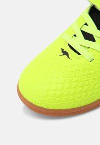 KangaROOS - K5-COMB EV - Sneaker low - neon yellow/jet black - 4