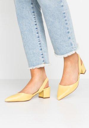 CUSTARD - Classic heels - lemon
