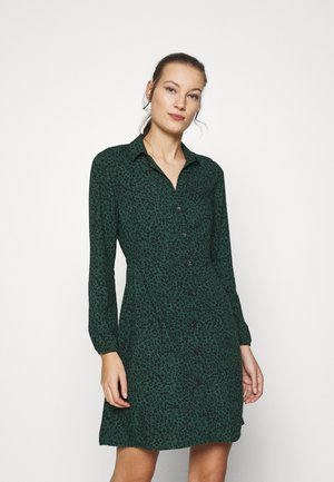 LONG SLEEVE DRESS - Skjortekjole - posy green