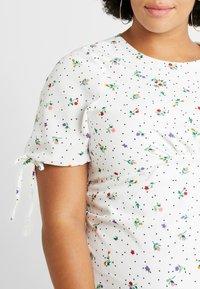 Fashion Union Plus - FASHION UNION MIDI DRESS WITH SLEEVE TIES - Day dress - white - 5