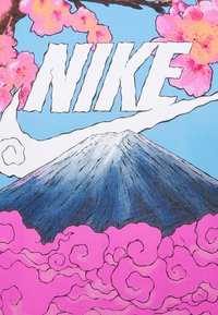 Nike Sportswear - TEE MANGA PHOTO - Print T-shirt - white - 5