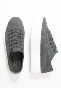 Victoria Shoes - Trainers - plomo - 3