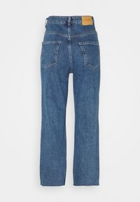 Selected Femme Tall - SLFKATE STRAIGHT CRUZ - Straight leg jeans - medium blue denim - 1