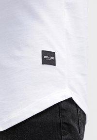 Only & Sons - ONSMATT - T-shirt - bas - white - 4