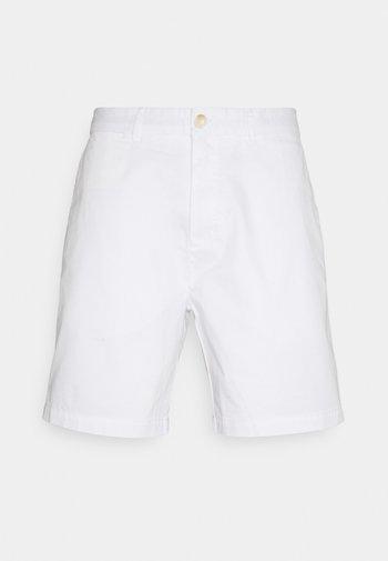 STUART CLASSIC - Shorts - white