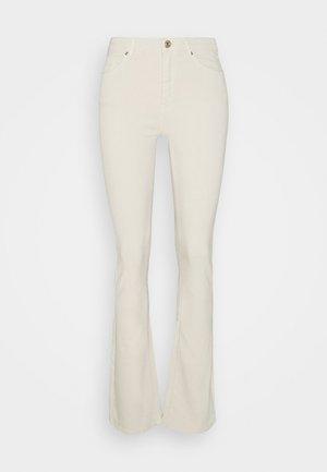 ONLPAOLA LIFE - Flared Jeans - ecru