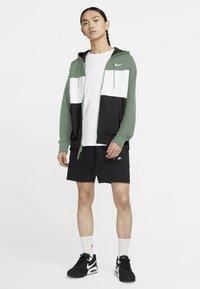 Nike Sportswear - Sudadera con cremallera - silver pine/white/black/white - 1