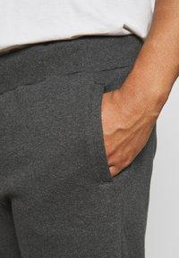 Pier One - Shorts - mottled dark grey - 4