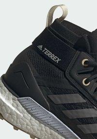 adidas Performance - TERREX FREE HIKER PRIMEBLUE WANDERSCHUH - Fjellsko - black - 10
