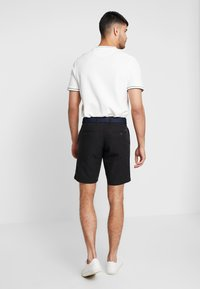 Tommy Hilfiger - BROOKLYN LIGHT BELT - Shorts - black - 2