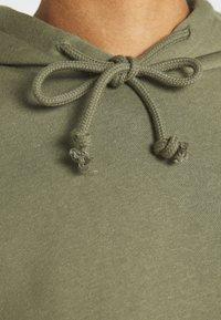 Pieces - Hoodie - deep lichen green - 5