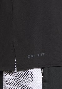Jordan - AIR - Print T-shirt - black/white - 5