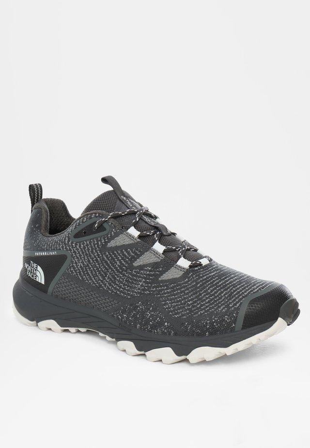 ULTRA FASTPACK III FUTURELIGHT - Sneakers laag - dark shadow gry/tnf white