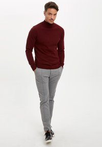 DeFacto - Stickad tröja - bordeaux - 1