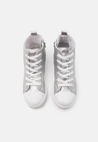 Cotton On - CLASSIC LACE UP - Vysoké tenisky - silver metallic - 3