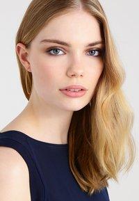 Pilgrim - Earrings - gold-coloured - 1