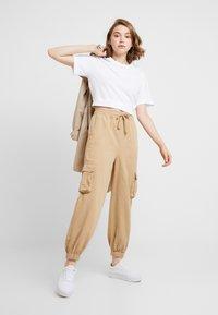BDG Urban Outfitters - BAGGY RAFF TROUSER - Spodnie materiałowe - ecru - 2