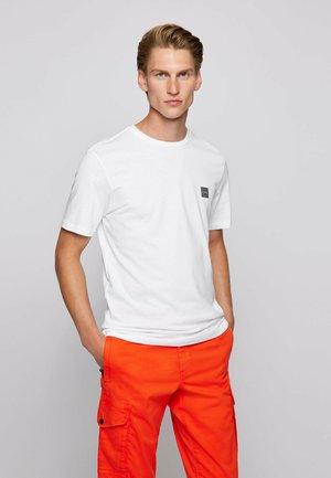 TALES - Basic T-shirt - white