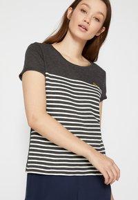 TOM TAILOR DENIM - Print T-shirt - shale grey melange - 3