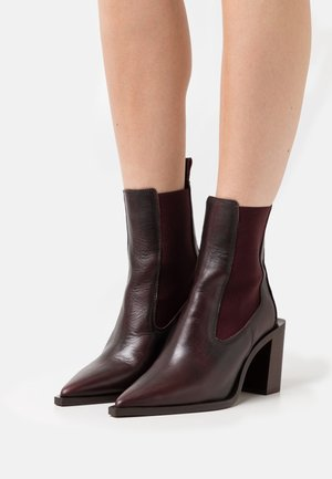 Classic ankle boots - bordo mistral