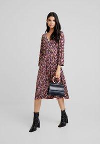 NAF NAF - LECAMPUS - Day dress - imprime - 2