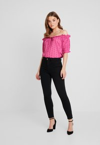 Nly by Nelly - OFF SHOULDER - Blouse - pink - 1