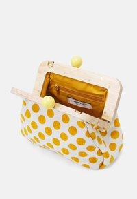 NAF NAF - RLOIS - Across body bag - moutarde - 2