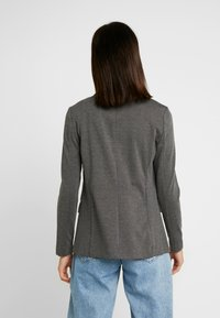 Vero Moda - VMNINA BOX - Blazer - dark grey melange - 2