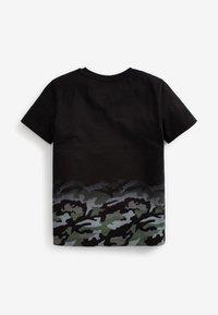 Next - Print T-shirt - black - 3