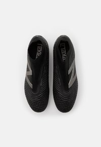 New Balance - Moulded stud football boots - black - 3