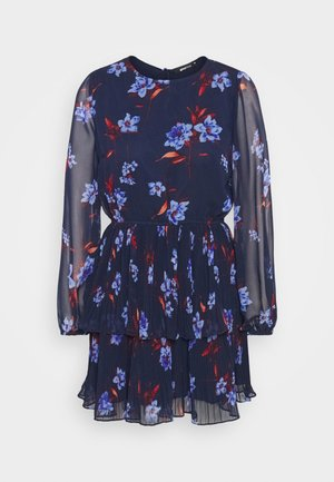 AMBER PLEATED DRESS - Denní šaty - navy